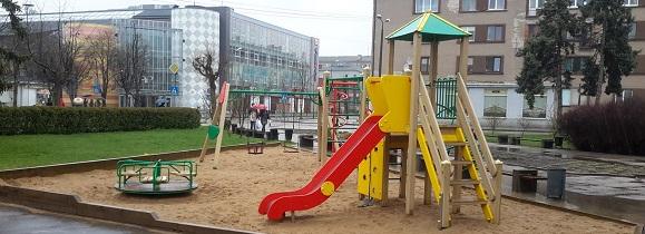Rotaļlaukumi un aktīvās atpūtas laukumi