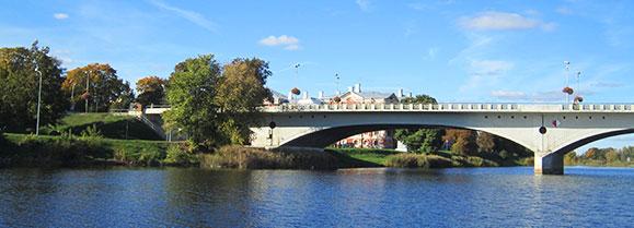 Tilti