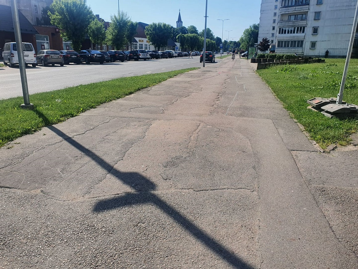 Pasta ielas ietves atjaunošanas darbi, posmā no Sudrabu Edžus ielas līdz Jāņa ielai; Foto: Jelgavas pilsēta